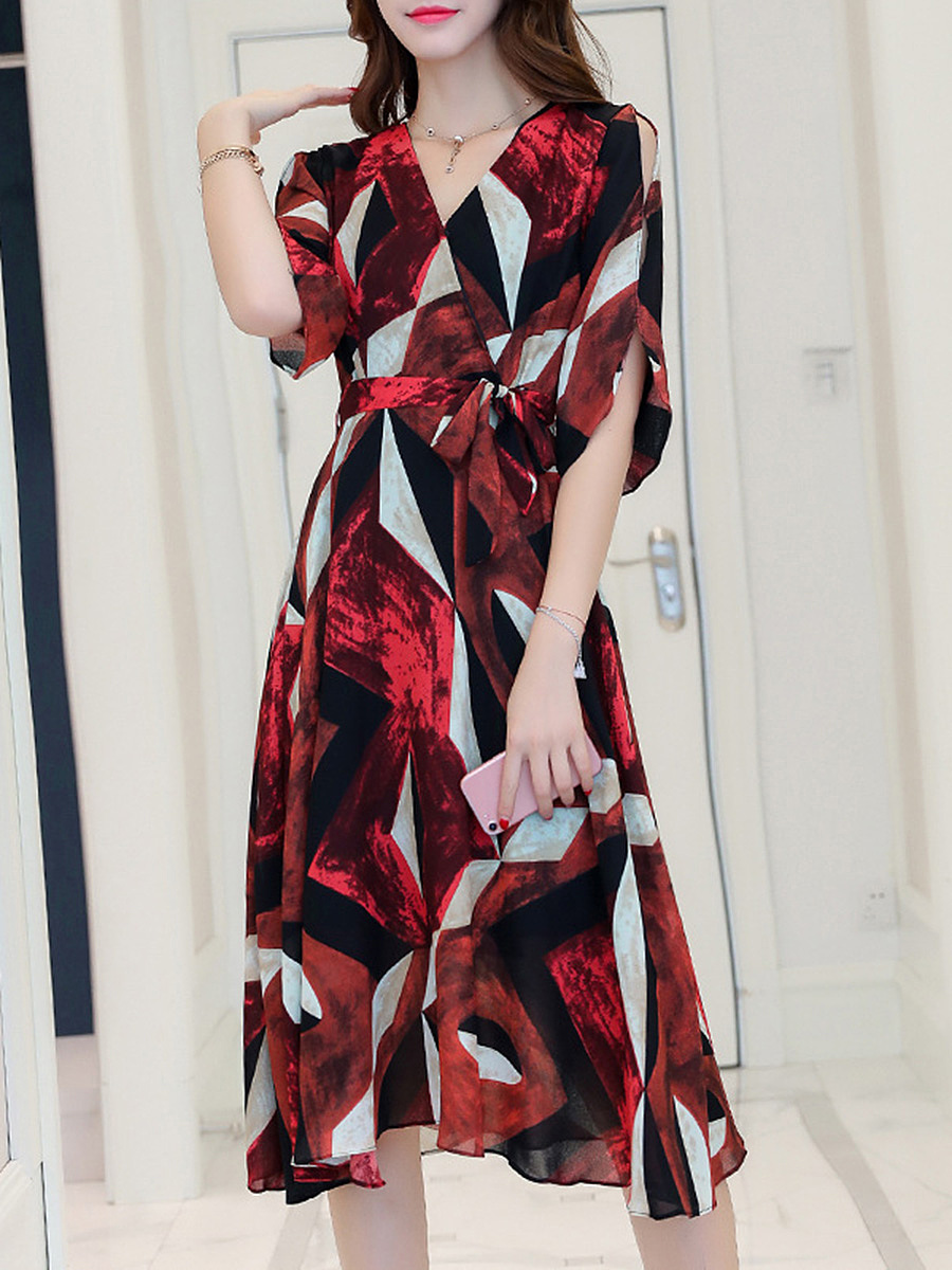 V-Neck Color Block Chiffon Maxi Dress With Split Sleeve