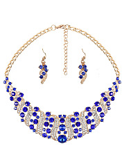Luxurious Faux Crystal Necklace And Earrings