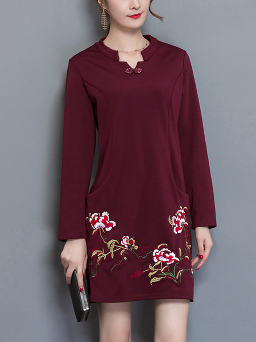 Split Neck Embroidery Pocket Shift Dress