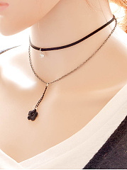 Layers Floral Pendant Choker Necklace