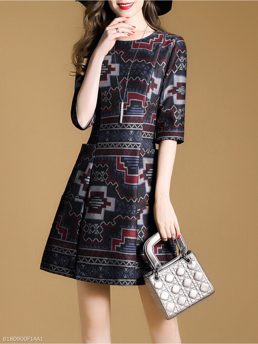 Round Neck  Patch Pocket  Abstract Print Skater Dress