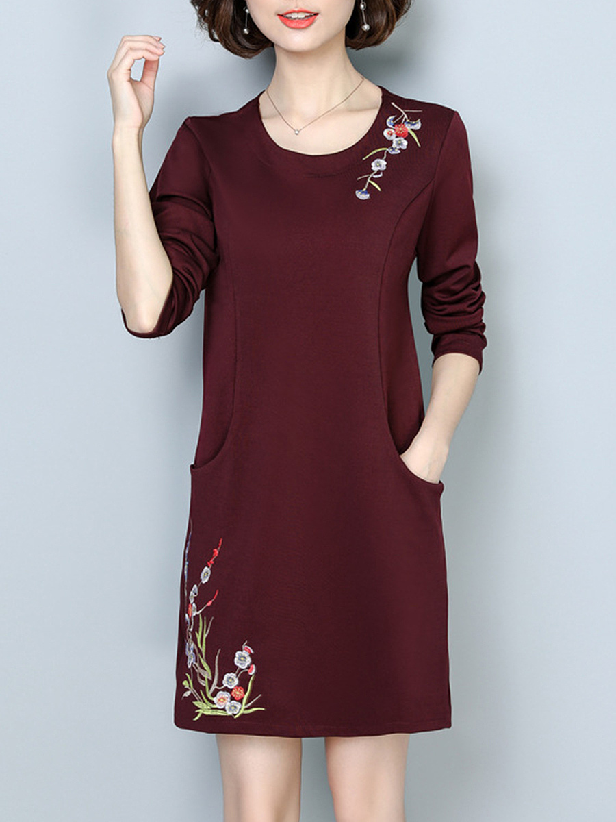 Round Neck Embroidery Pocket Bodycon Dress