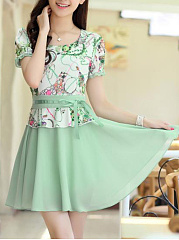 Round Neck  Patchwork Ruffled Hem Scalloped Hem  Belt  Floral Printed Skater Dress