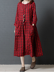 Round Neck Plaid Patch Pocket Maxi Dress