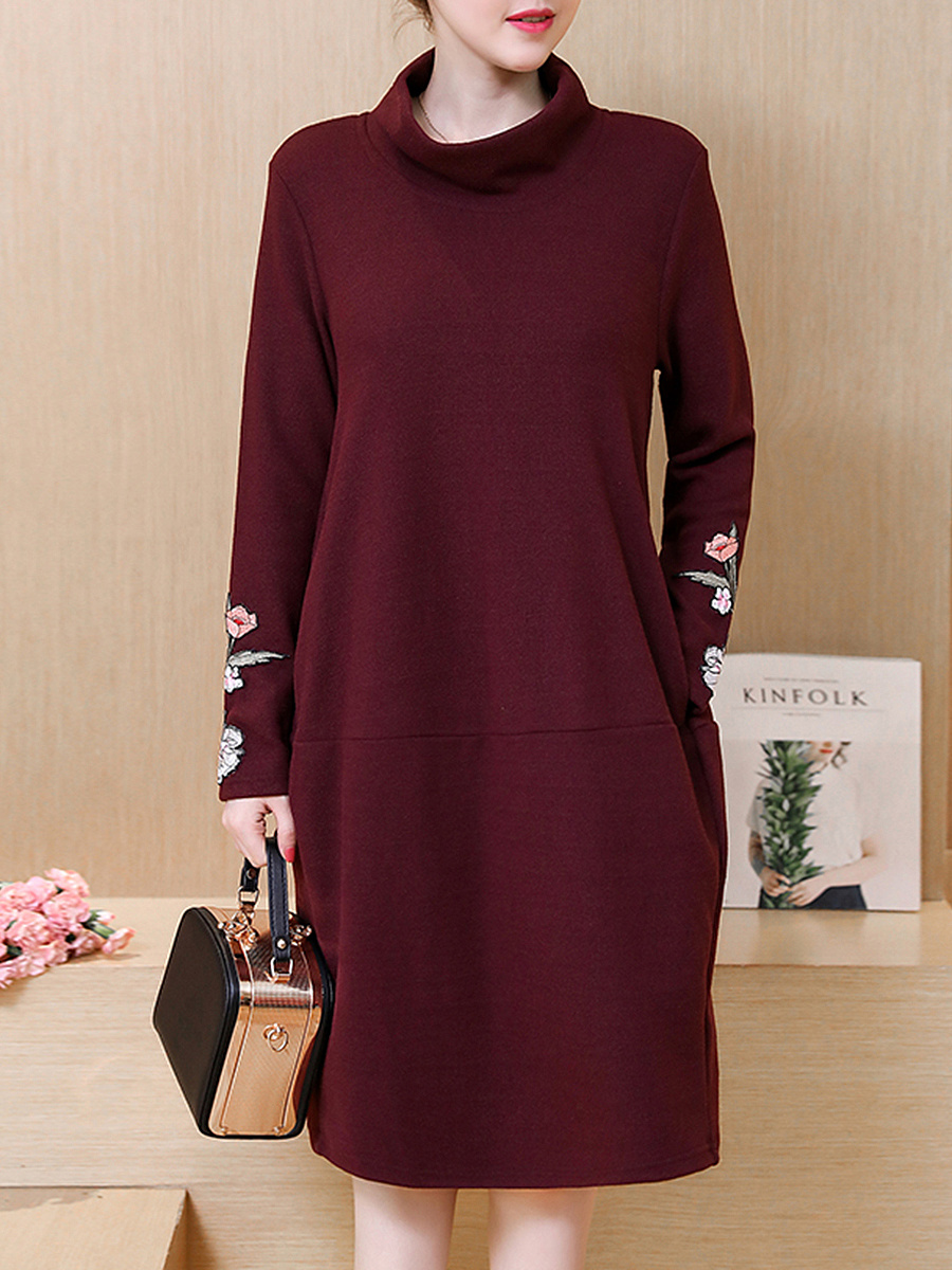 High Neck Embroidery Pocket Shift Dress