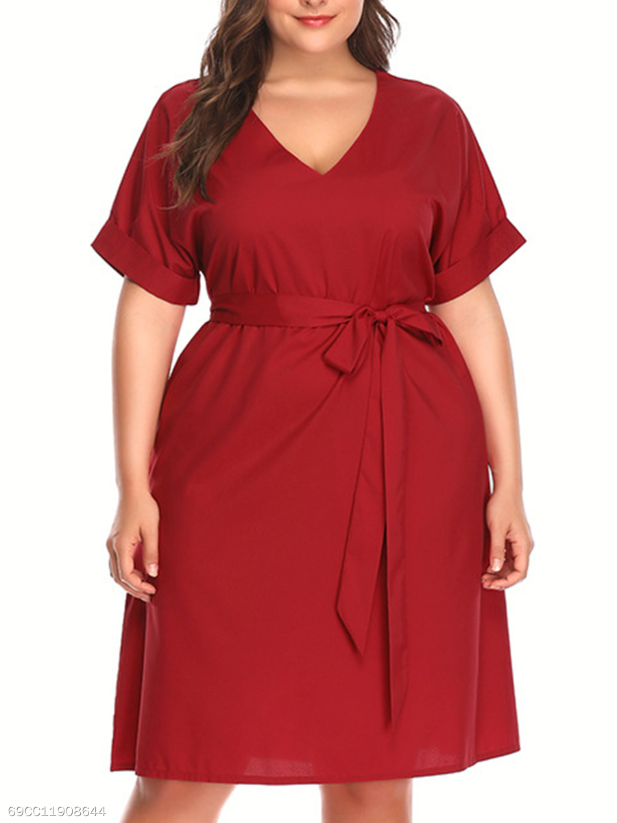 V-Neck  Lace-Up  Plain Plus Size Midi & Maxi Dress