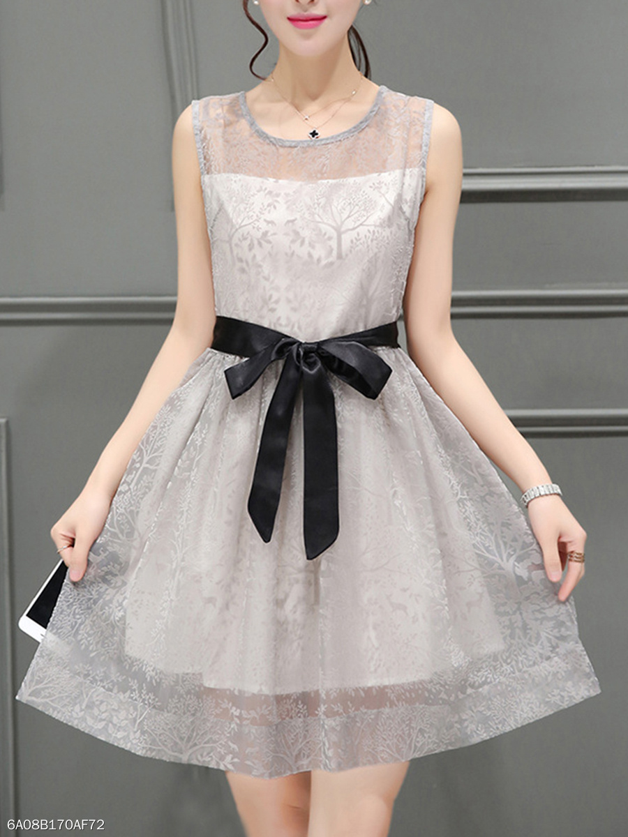 Fancy Bowknot Hollow Out Round Neck Skater Dress