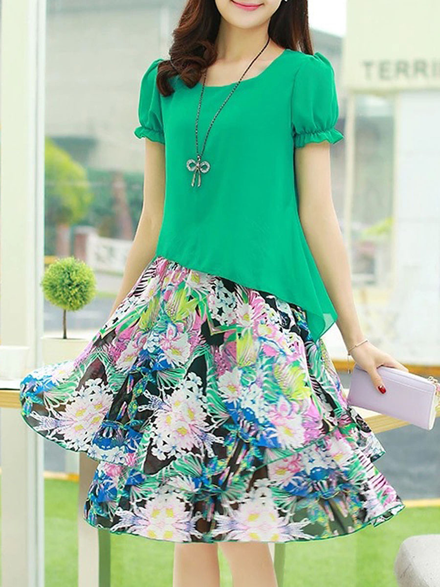 Fabulous Round Neck Floral Printed Chiffon Skater Dress