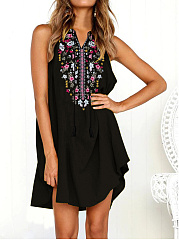 V-Neck  Tassel  Printed Shift Dress