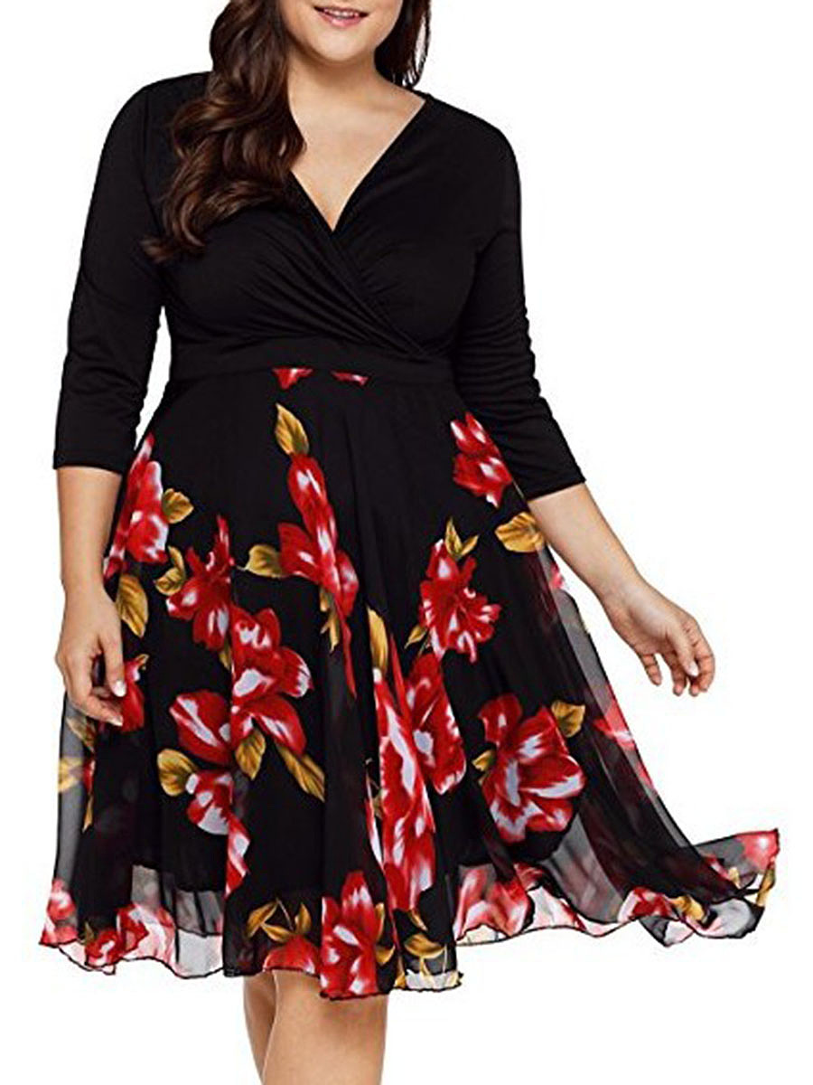 V-Neck  Patchwork  Printed Plus Size Midi & Maxi Dress