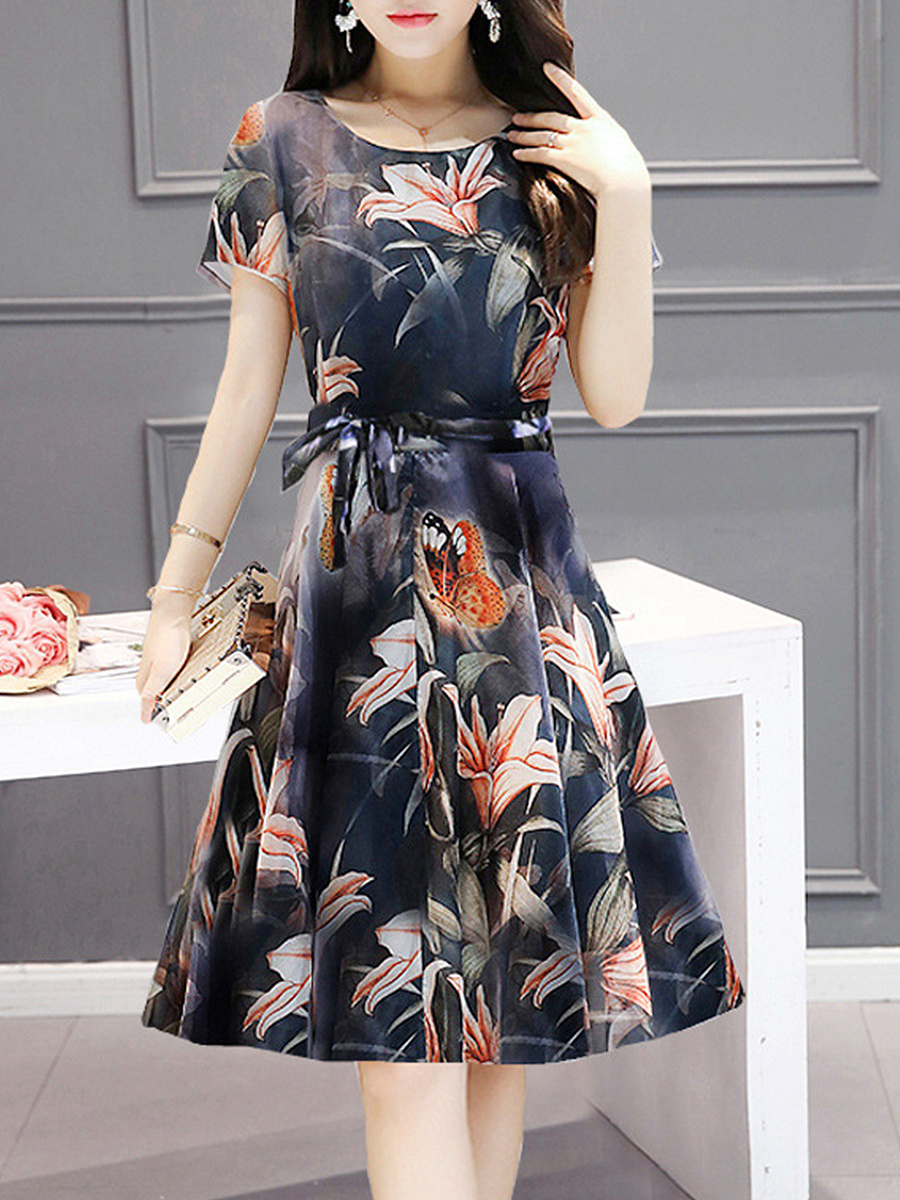 Round Neck Short Sleeve Floral Printed Skater Dress