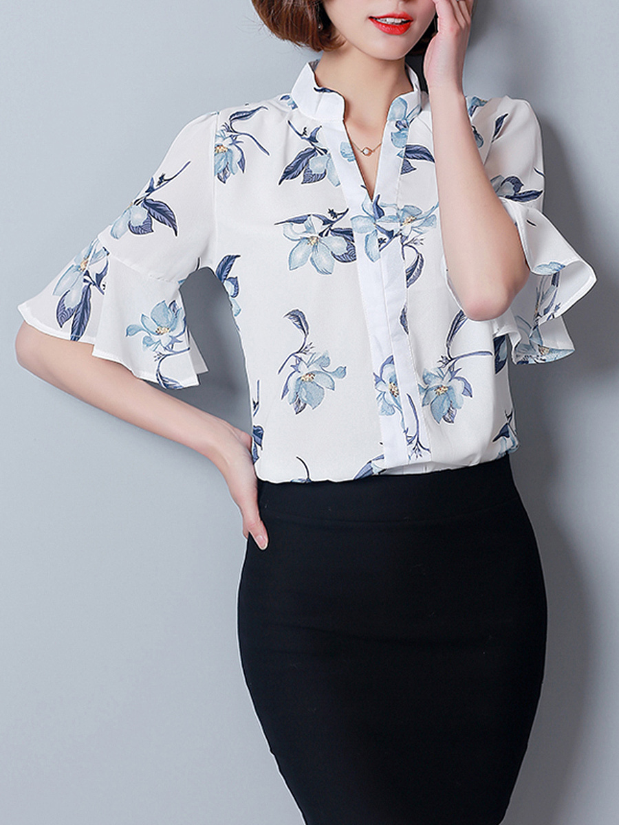 Split Neck  Floral Printed Chiffon Bell Sleeve T-Shirt