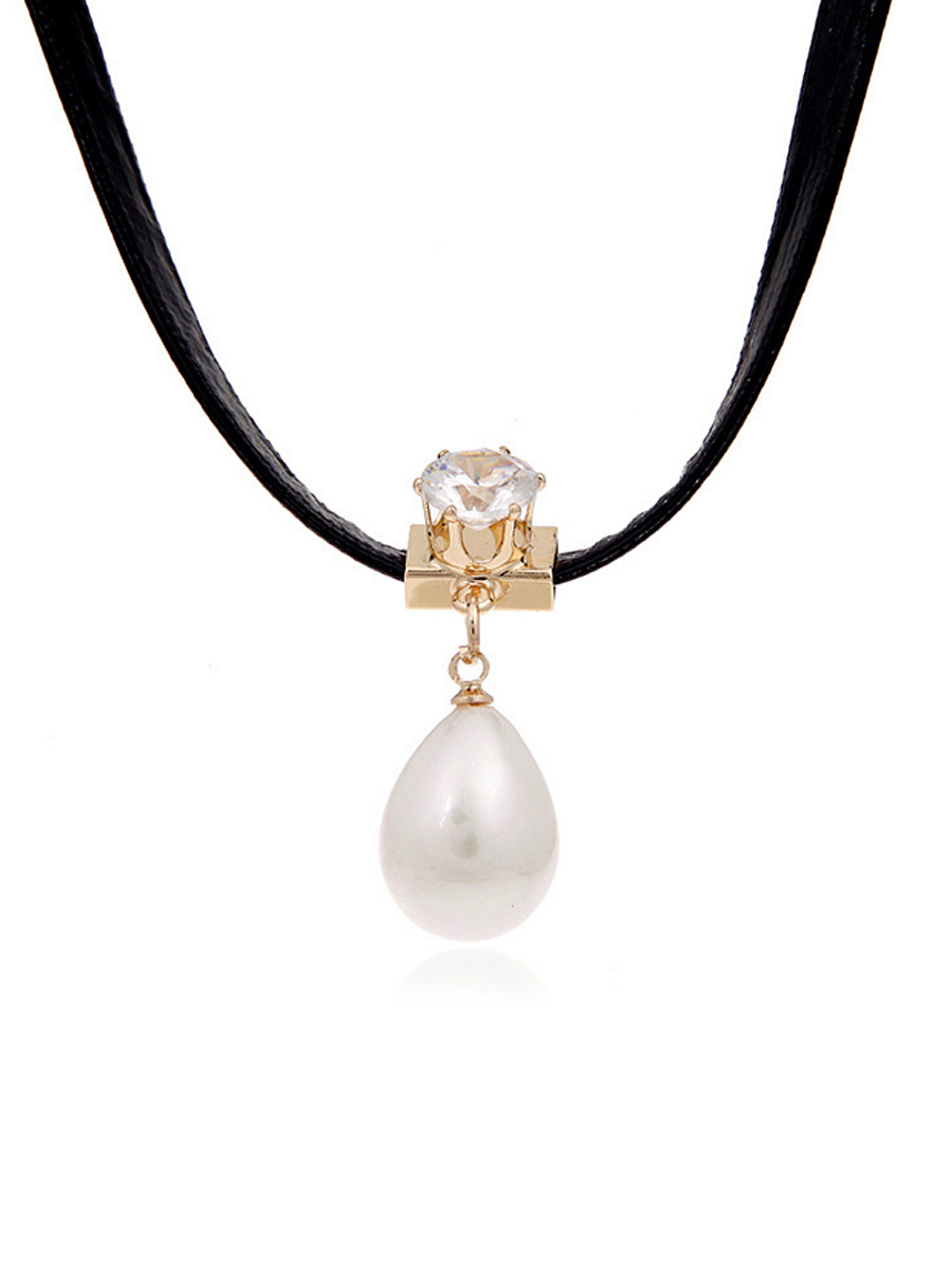 Pearl Pendant Diamond Choker Necklace
