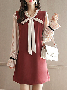 Tie Collar  Color Block Pleated Bodice Shift Dress