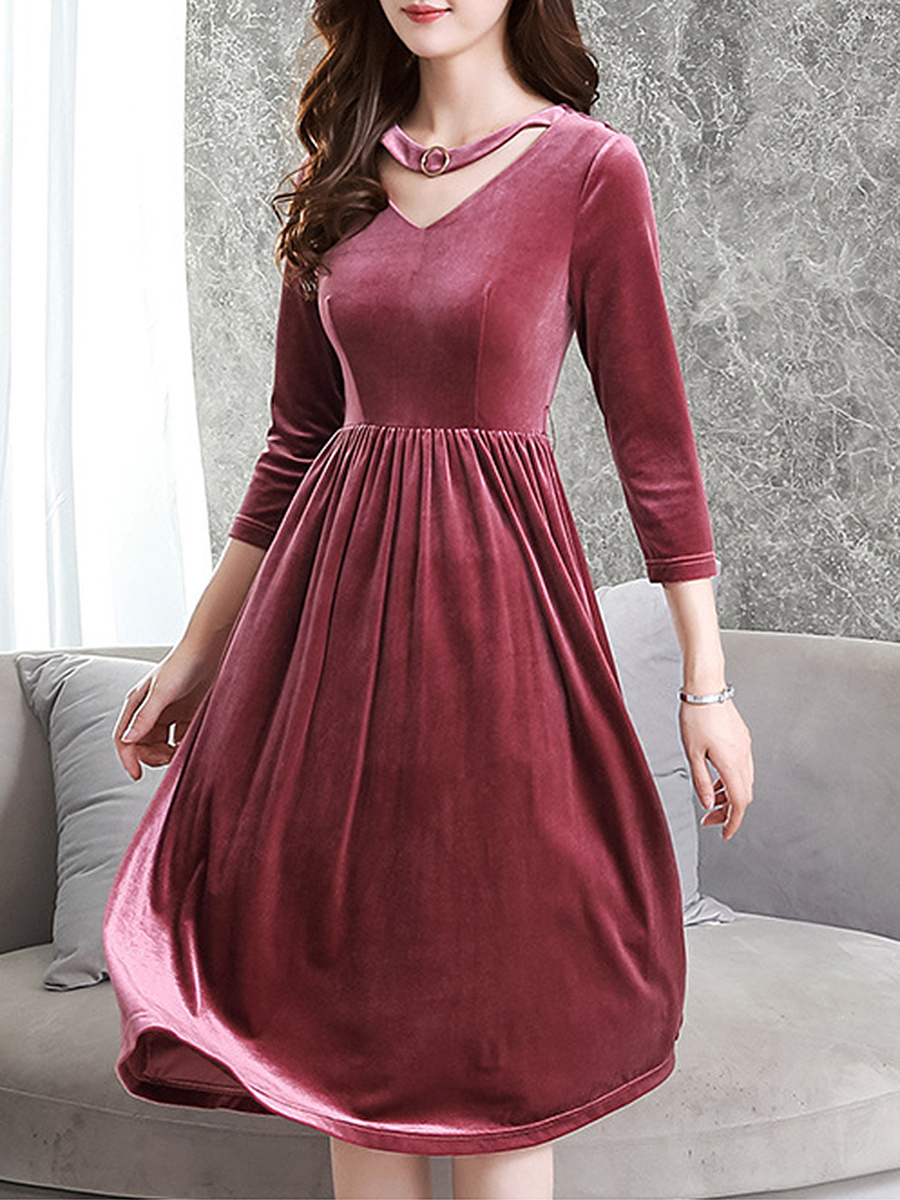 Round Neck  Cutout  Plain  Velvet Maxi Dress