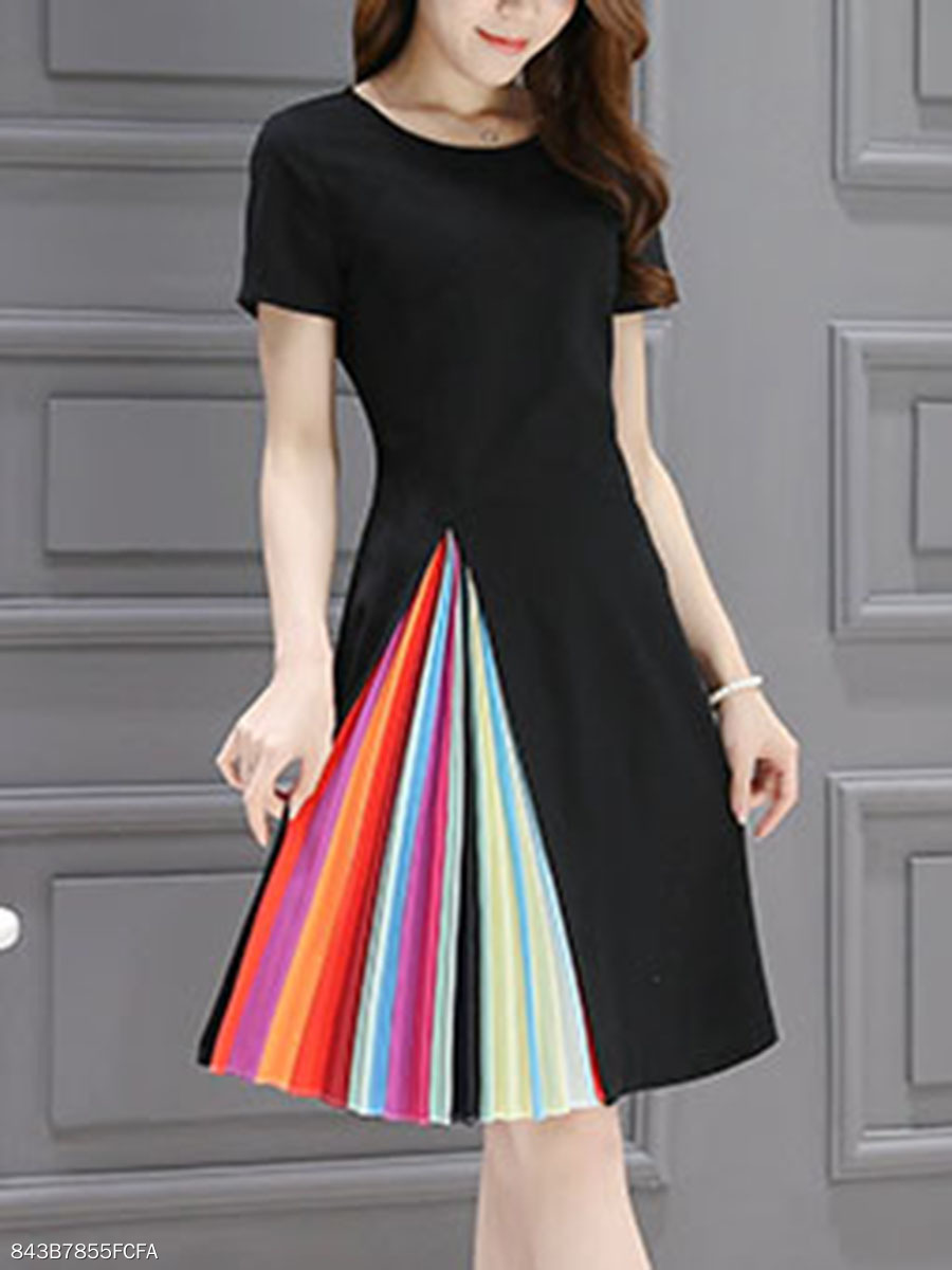 Round Neck Colorful Pleated Skater Dress