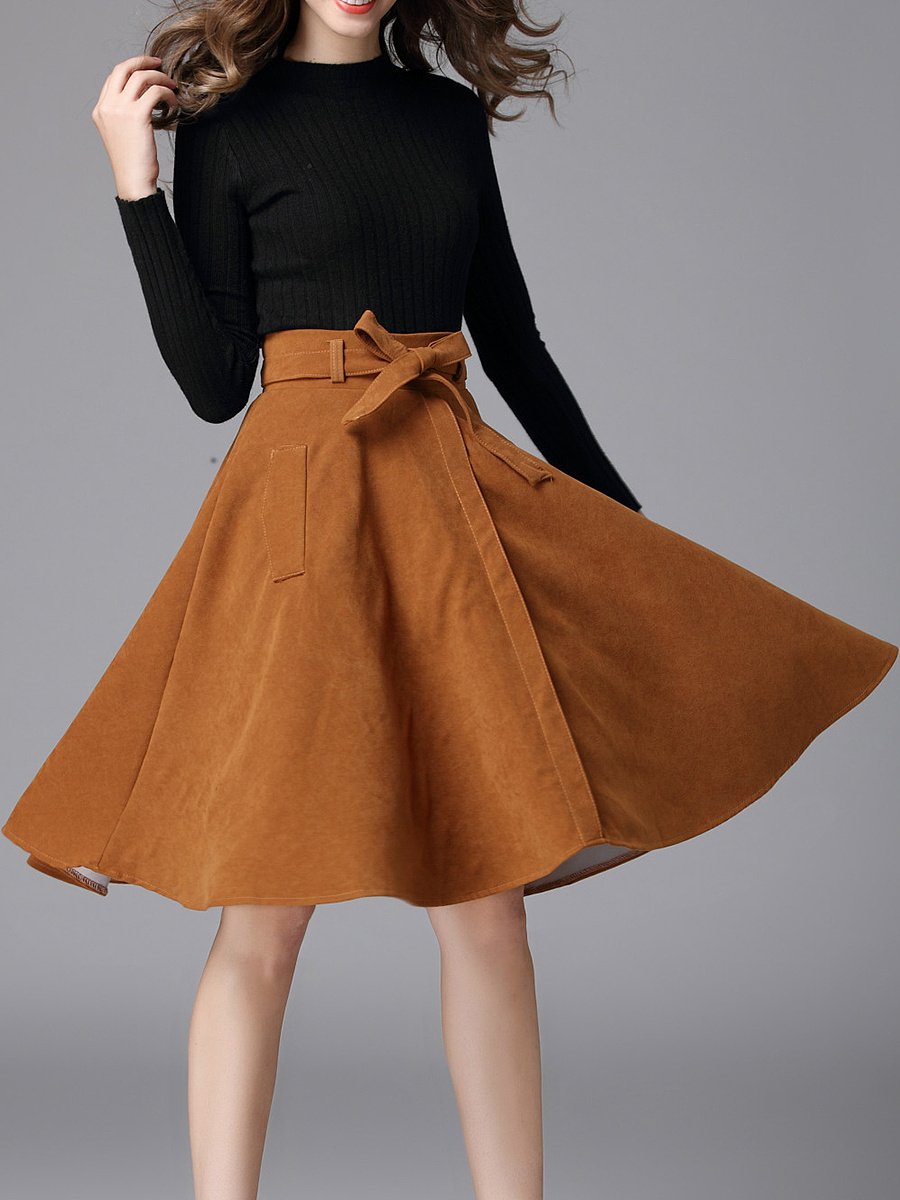 Plain Belt Faux Suede Flared Midi Skirt