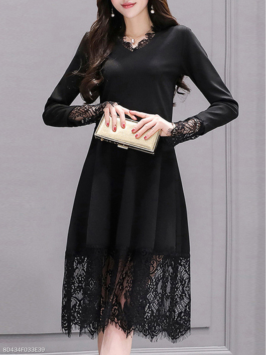 V-Neck  Decorative Lace Patchwork  Lace Plain Skater Dress