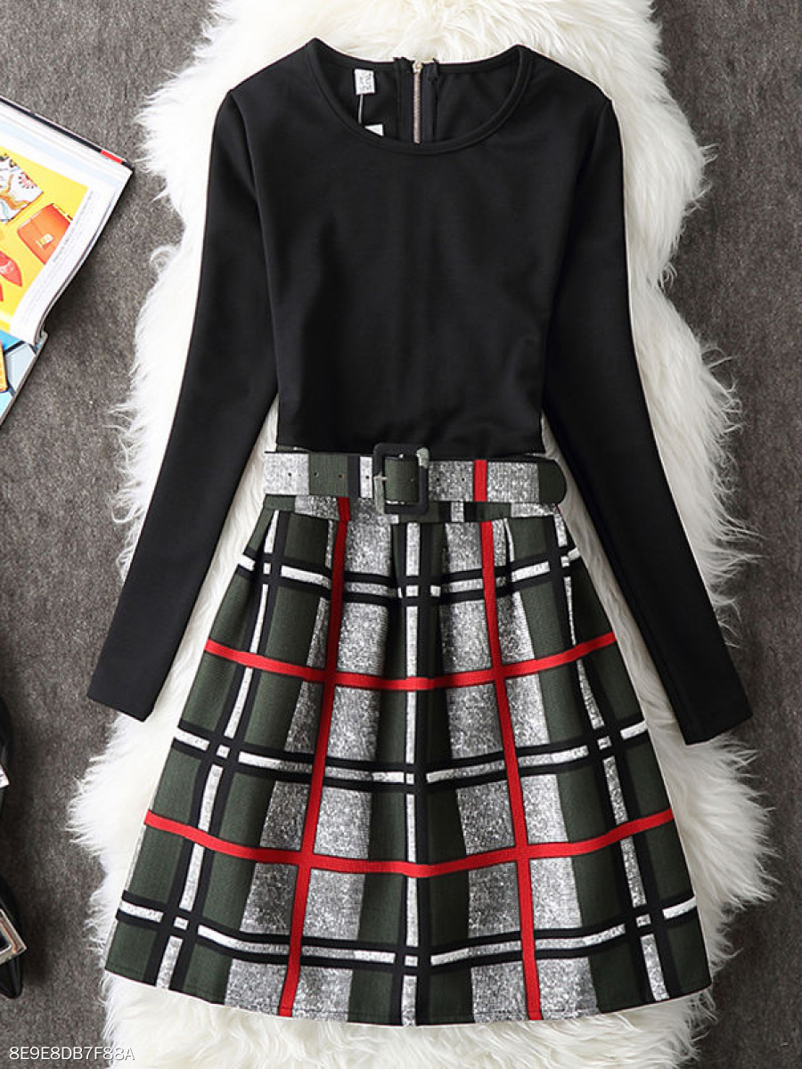 Round Neck  Colouring Plaid Printed Skater Dress