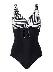 New Arrival One Piece Swimsuit Women Vintage Bathing Suits Plus Size Swimwear Beach Padded Print Polka Black Suit