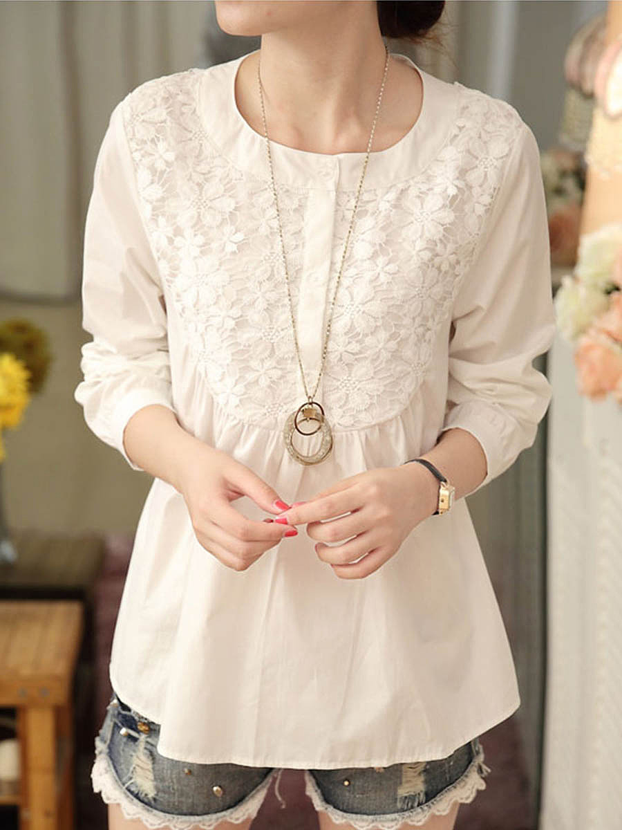 Round Neck  Decorative Lace  Plain Blouse In White