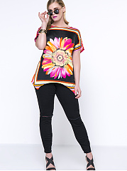 Loose Round Neck Floral Striped Plus Size T-Shirt