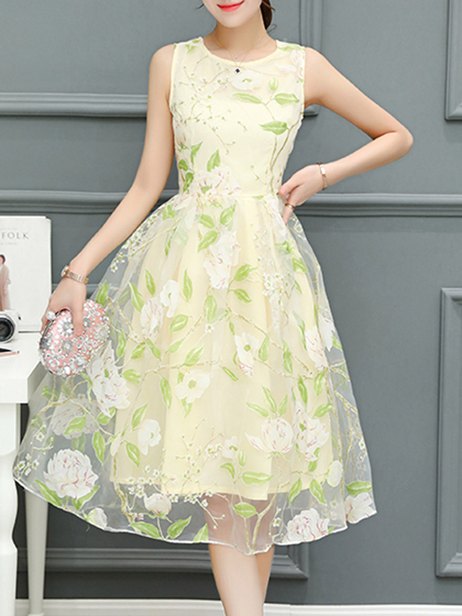 Round Neck Floral Printed Hollow Out Skater Dress