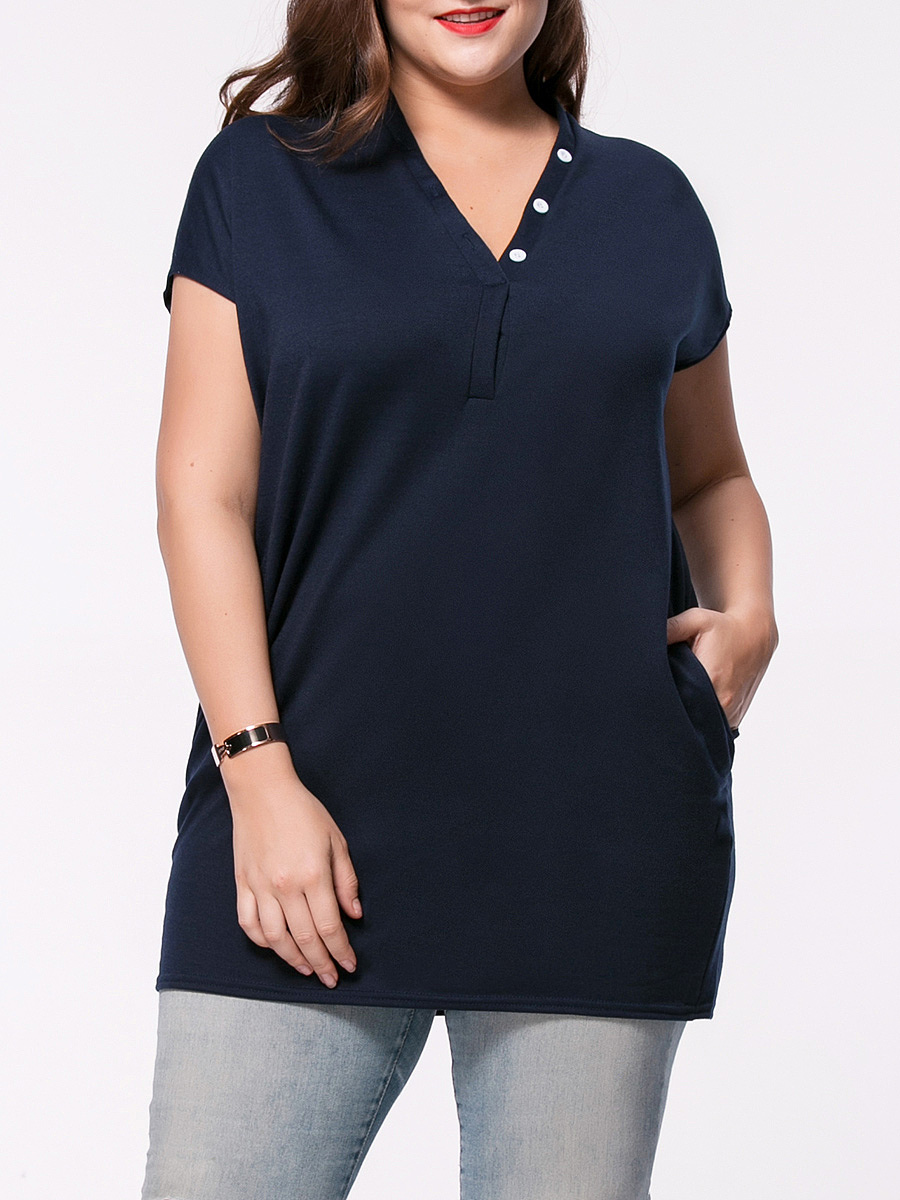 Longline V-Neck Pocket Solid Plus Size T-Shirt With Contrast Button