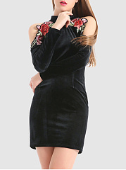 Open Shoulder Applique Velvet Bodycon Dress