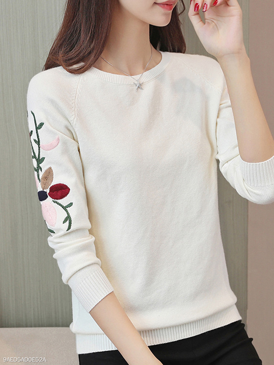 Round Neck  Embroidery  Long Sleeve Sweaters Pullover