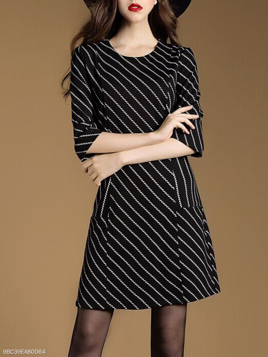 Round Neck Daily Striped Shift Dress
