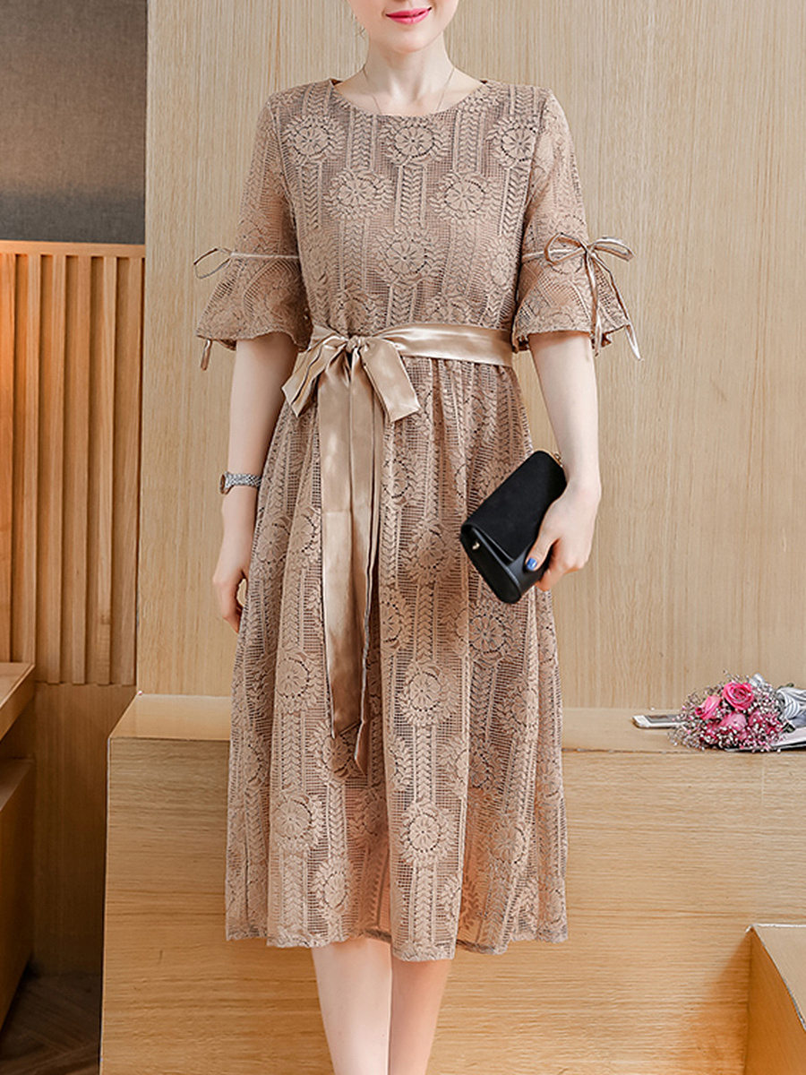 Plain Lace Bowknot Bell Sleeve Maxi Dress