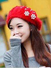 Elegant-Stylish-Beading-Decoration-Woolen-Hats