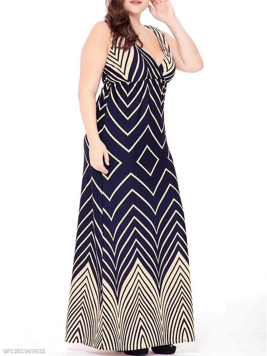 05b79a0402c Sexy Deep V-Neck Zigzag Striped Plus Size Maxi Dress - fashionMia.com