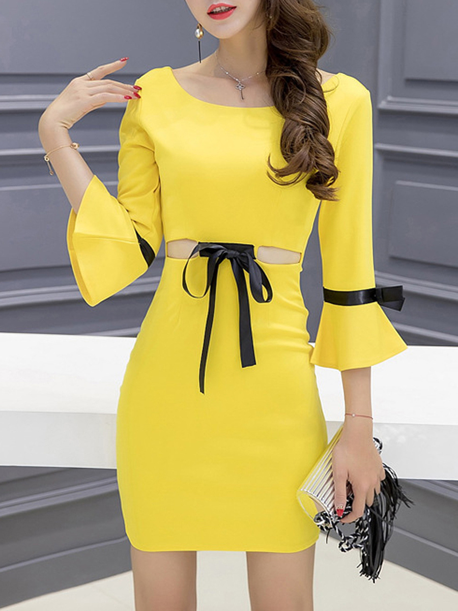 Round Neck Cutout Bowknot Bell Sleeve Bodycon Dress