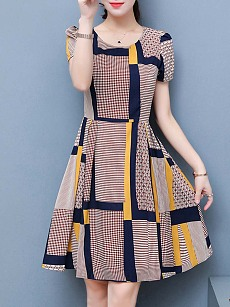 Casual Round Neck Printed Skater Dress
