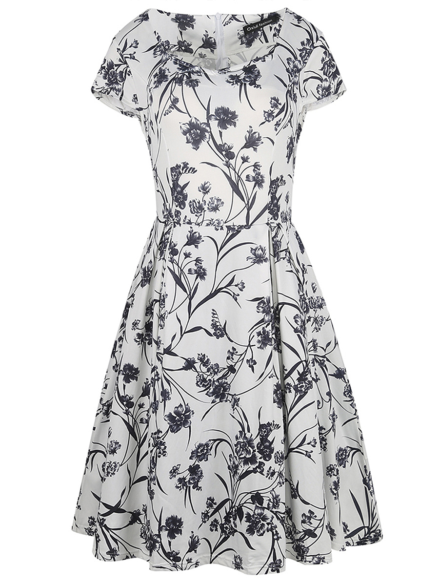 Black White Sweet Heart Floral Printed Skater Dress