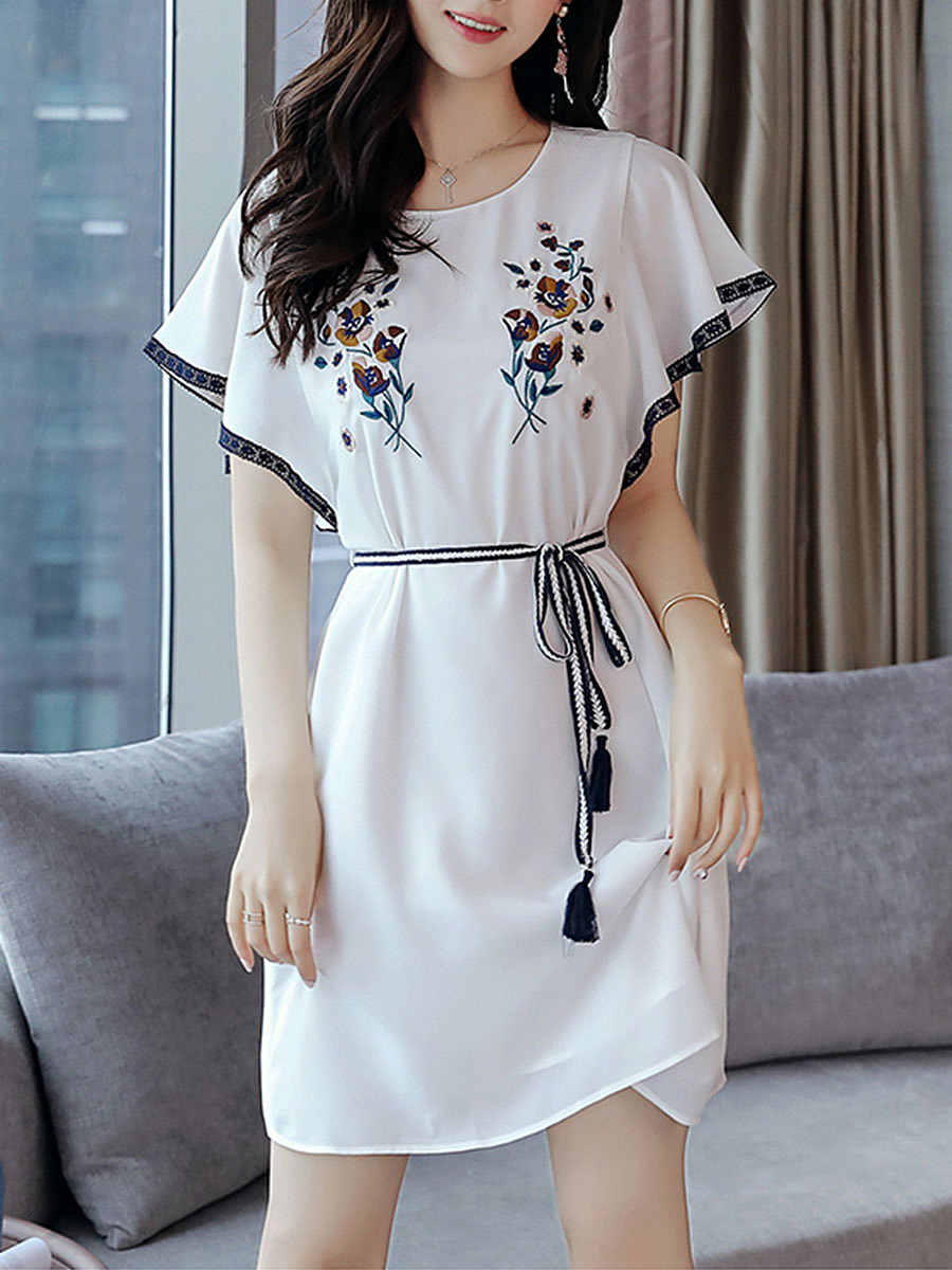 Round Neck Bowknot Embroidery Skater Dress