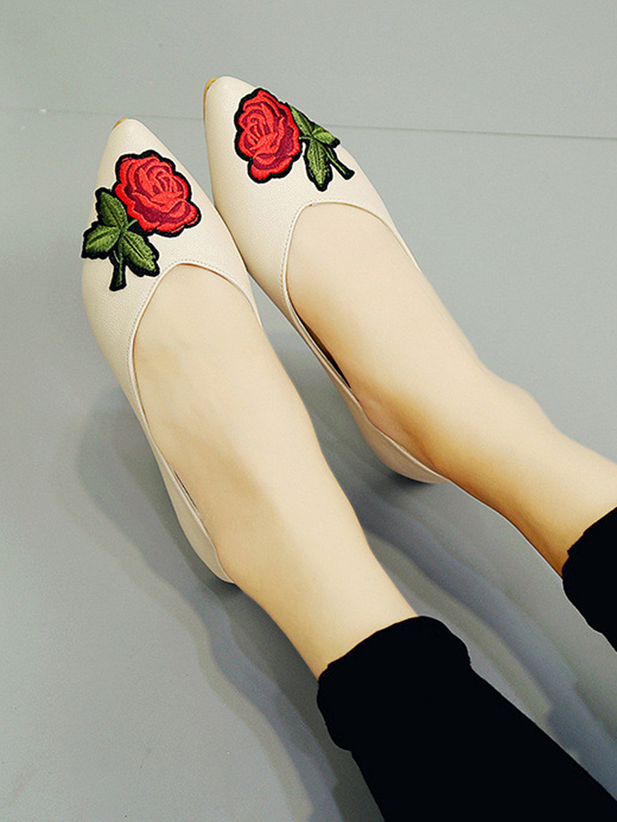 Floral Embroidery Pointed Ballerina Pumps