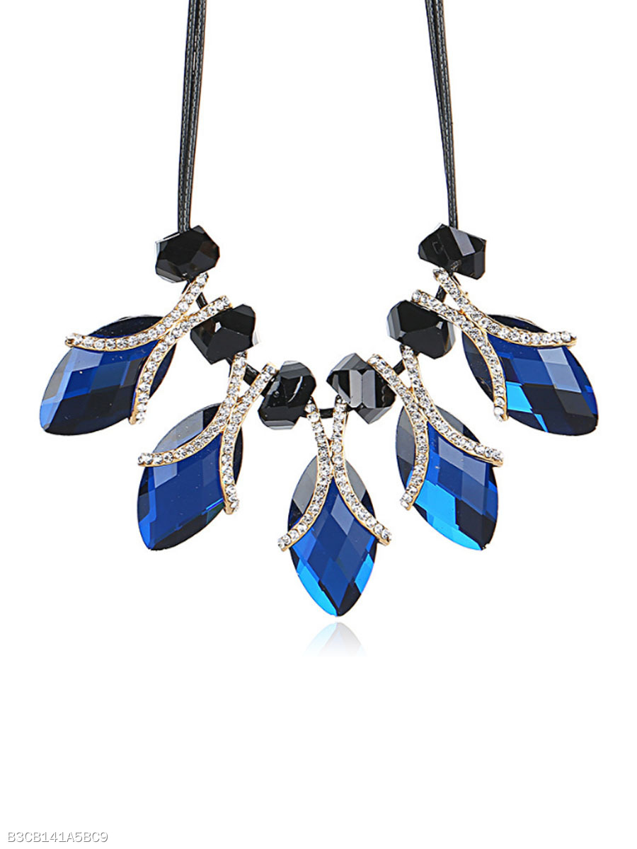 Blue Imitated Crystal Pendant Short Necklace