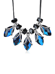Blue Crystal Pendant Short Necklace