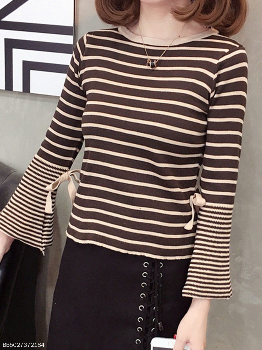 Round Neck  Stripes  Bell Sleeve Knit Pullover