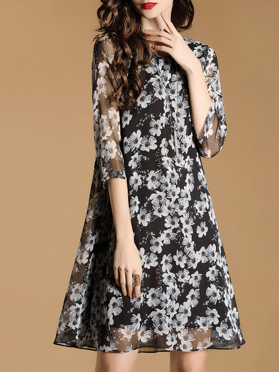 Delightful Floral Hollow Out Round Neck Chiffon Shift Dress