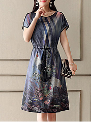 Round Neck  Contrast Trim Elastic Waist  Printed Shift Dress
