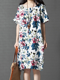 Round Neck Floral Printed Casual Shift Dress