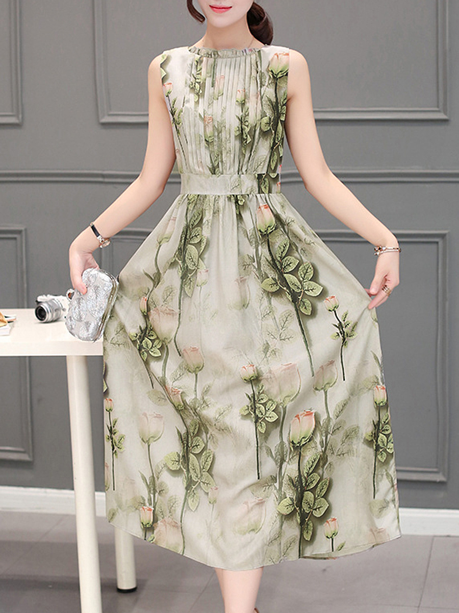 Crew Neck Floral Printed Pleated Bodice Maxi Dress