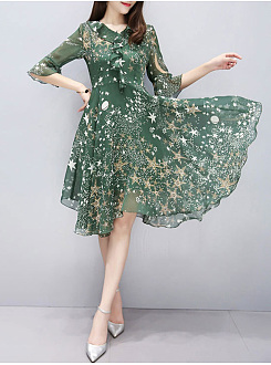 V-Neck Flounce Hollow Out Star Printed Bell Sleeve Skater Dress