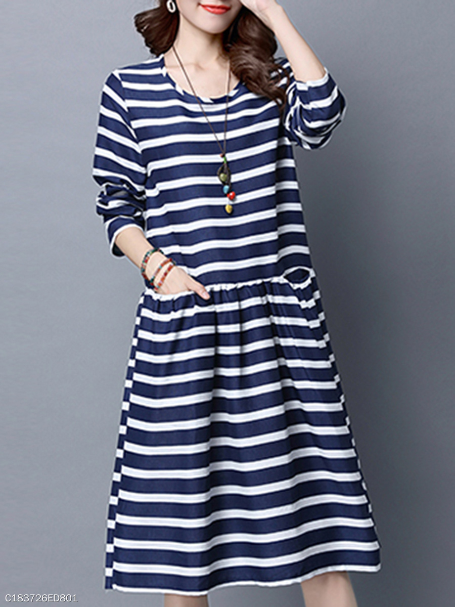 Crew Neck  Slit Pocket  Contrast Piping  Striped Skater Dress