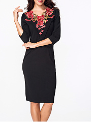 V Neck Half Sleeve Floral Embroidery Bodycon Dress