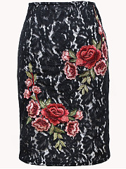 Decorative Lace Applique Slit Straight Midi Skirt